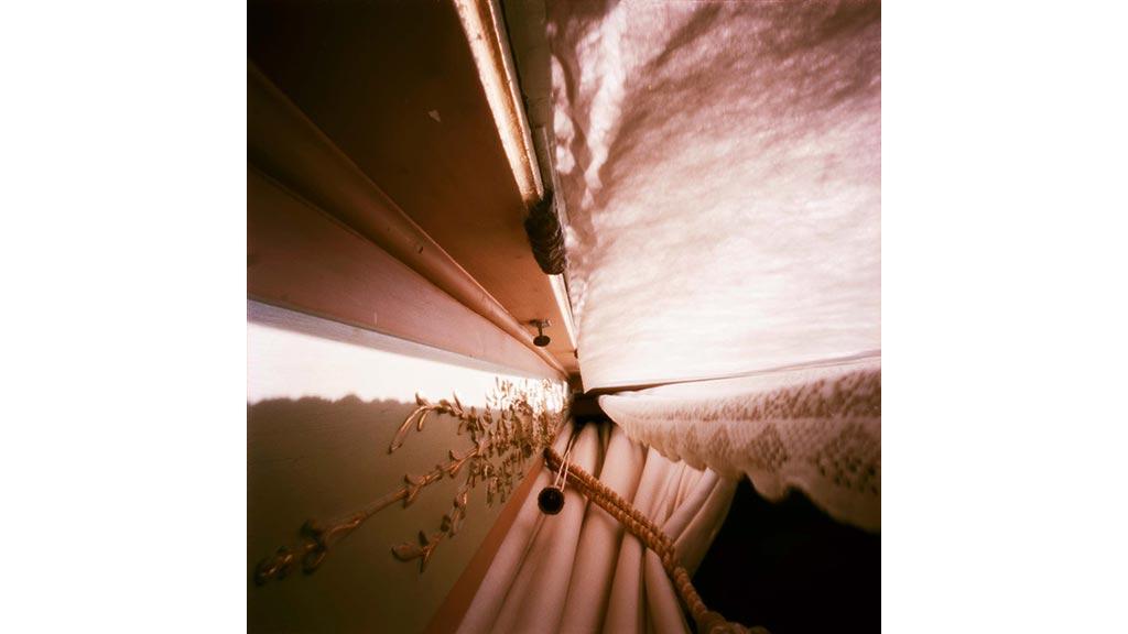 summer house paleis soestdijk in between curtains