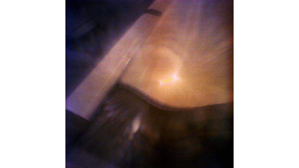 summer house paleis soestdijk sunlight falling through curtains
